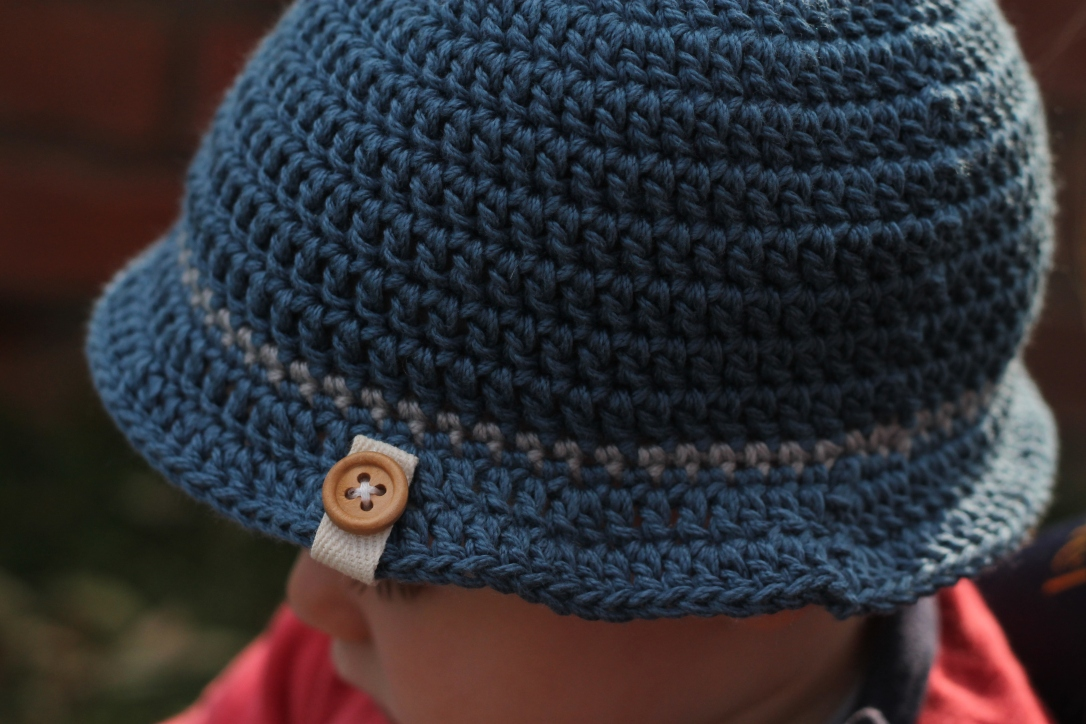 blue crochet hat_digby