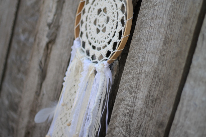 February 11, 2016_white and cream dreamcatcher18