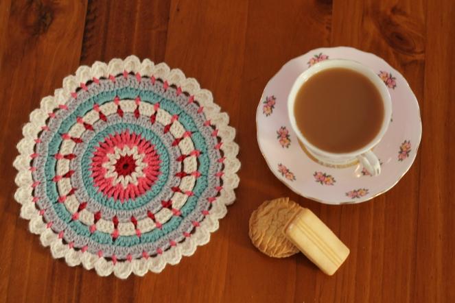 November 25, 2015_crochet happy days mandala1