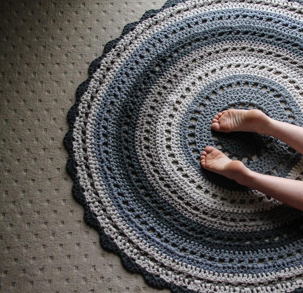 June 16, 2016 crochet mandala rug{Sequence # (1)»}-13