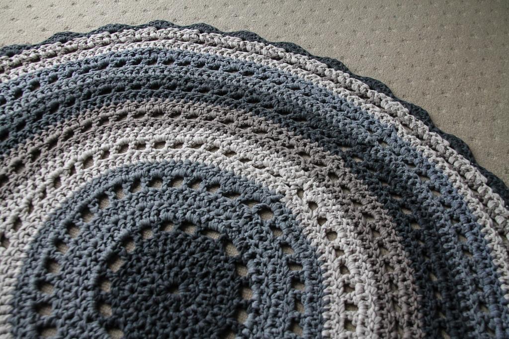 June 16, 2016 crochet mandala rug{Sequence # (1)»}-15